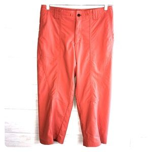 Patagonia Womens 10 Coral Orange cargo pants Capri